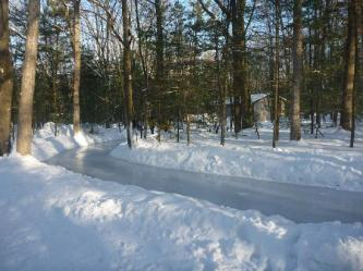 ice-skate-trail